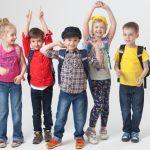 外国人の小学生たち